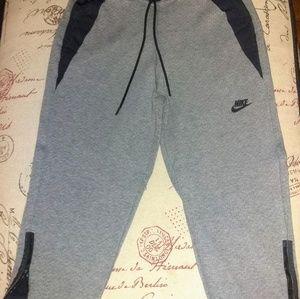 Nike Capris - EUC